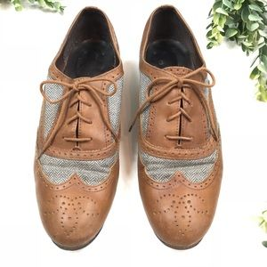 J. Crew leather and Wool Oxford Shoes size 7.5
